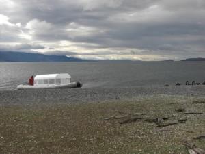 das Schlauchboot, mit dem wir zur Insel fuhren