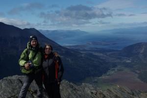 Blick vom Gipfel auf den Beaglekanal und einen Teil von Ushuaia
