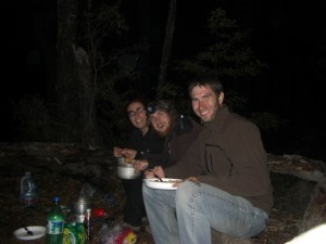 Abendessen mit Javier aus Buenos Aires am Lago Tromen