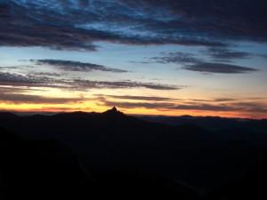 ein wunderschoener Sonnenuntergang
