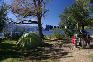 einer unserer Campingplaetze am LagoTraful