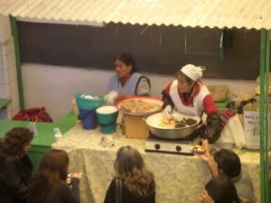 Mittagessen bei den Marktfrauen