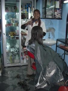 hehe, das war ein Spass mit den bolivianischen Friseurinnen