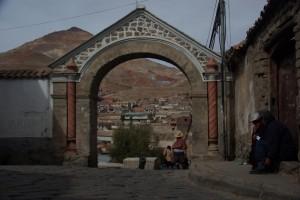 Altstadt von Potosi mit Blick auf den Cerro Rico