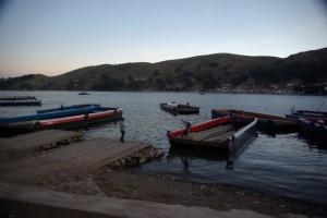 der kleine Hafen mit den Faehren :-)