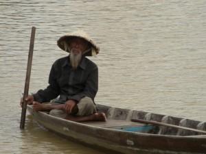 Auch die authentische, alte Bevoelkerung Vietnams ist vertreten, allerdings gegen eine Fotogebuehr :-)