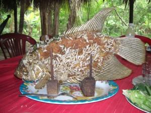 Unser Mittagessen - ein Elefantenohrenfisch - gibts nur im Mekongdelta