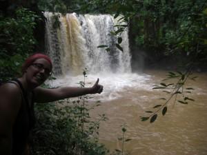und sehr bald erreichen wir den Wasserfall