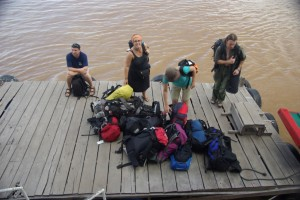 Paesse sind gestempelt, auf aufs Boot nach Vietnam!