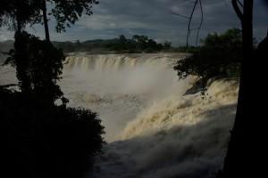 Am Weg der wundervolle Dray Sap Wasserfall...