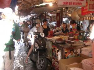 das Einkaufen im lokalen Markt....