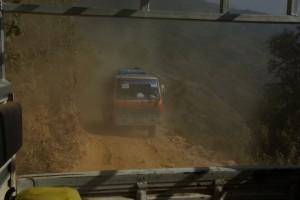 im Mountainbus kann es ab und zu ganz schoen staubig werden auf der Bergstrasse :-)