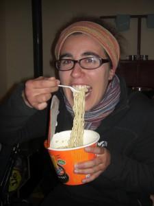 ...auch Dani geniesst das typisch chinesische Abendessen :-)