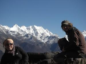 ...und auch noch in die andere Richtung - ein unbekannter Gipfel - wahrscheinlich unbestiegen...