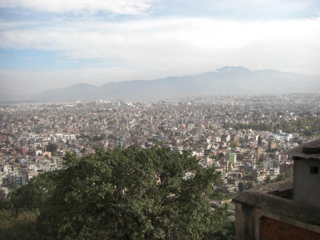 kathmandu juhuuu viele voelker viele religionen und viel verkehr mit auf reisen. Black Bedroom Furniture Sets. Home Design Ideas