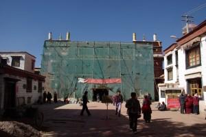 Der unscheinbare Ramochetempel - fuer uns einer der schoensten Plaetze in Lhasa