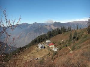 Der Blick zurueck auf Sin Gompa - sehr kleiner Ort aber wunderschoen gelegen
