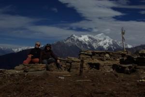 ...gemeinsam geniessen wir den Ausblick auf den Langtang Hauptgipfel (Langtang 1 - 7246m).