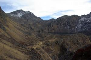 Das Ziel kommt in Sicht: die heiligen Seen von Gosaikunda (4300m)
