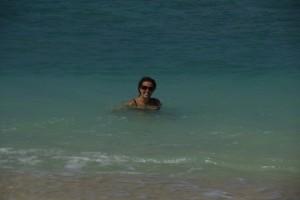 ...Dani geniesst das Wasser :-)