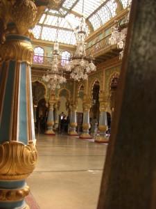 hier ein verstecktes Foto im Inneren des Palastes - wunderschöne fast kitschige Säle