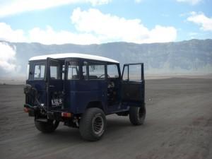 Naja wir sind fast allein - manche Touristen haben sich den Jeep fuer den ganzen Tag gemietet