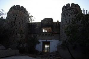 Der Eingang zur alten Festung