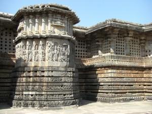 ...je naeher man zum Tempel kommt, desto mehr kleine Details werden sichtbar...